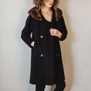 Vintage 50/60s Black Peacoat w/Fur Collar